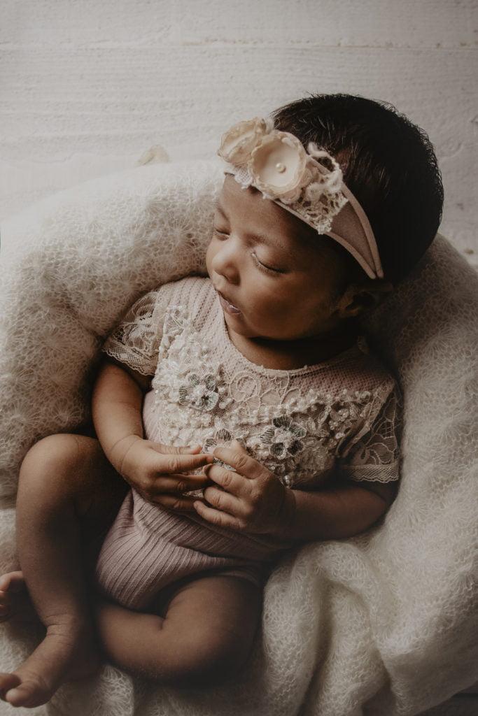 En nyföddfotografering i myshörnan 5