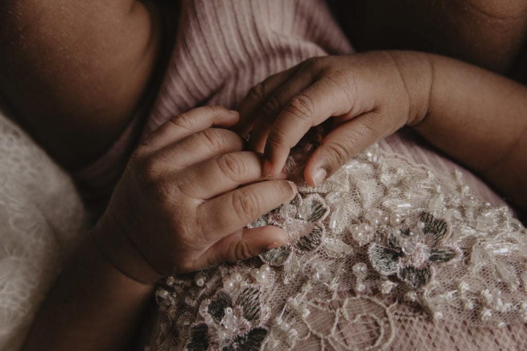 En nyföddfotografering i myshörnan 7