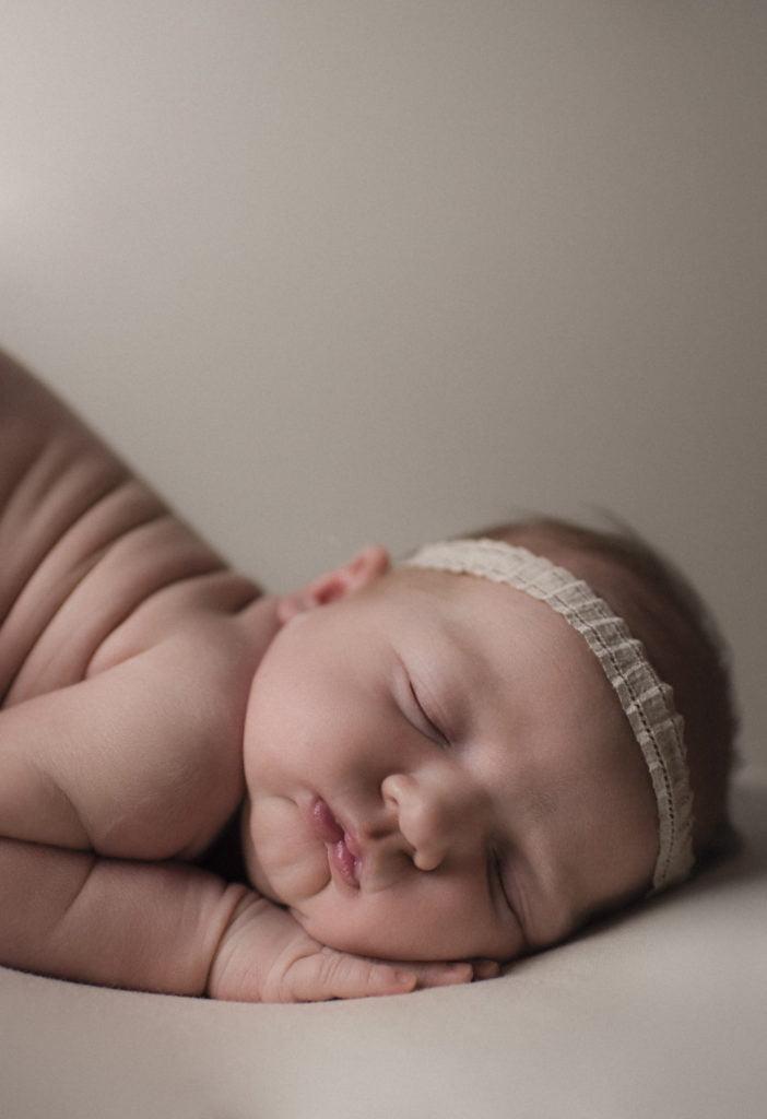 Nyföddfotografering Stockholm - När jag fick träffa Sally 1