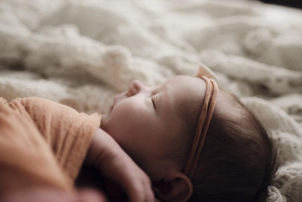 Nyföddfotografering Stockholm Uppsala - Lilla Ellen 9