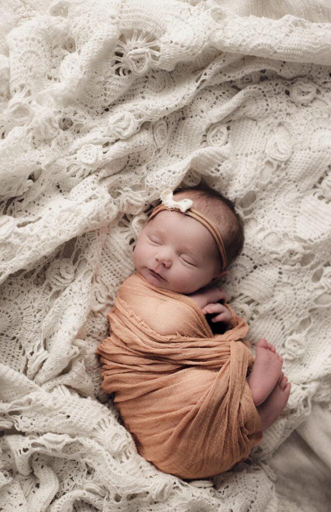 Nyföddfotografering Stockholm Uppsala - Lilla Ellen 7
