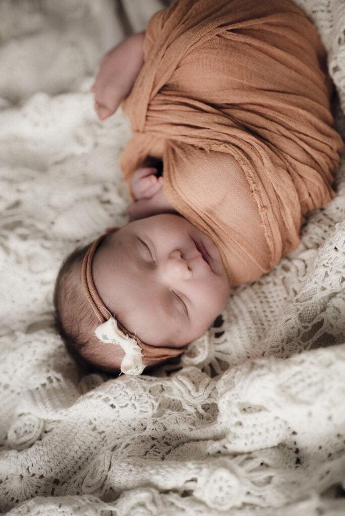 Nyföddfotografering Stockholm Uppsala - Lilla Ellen 8