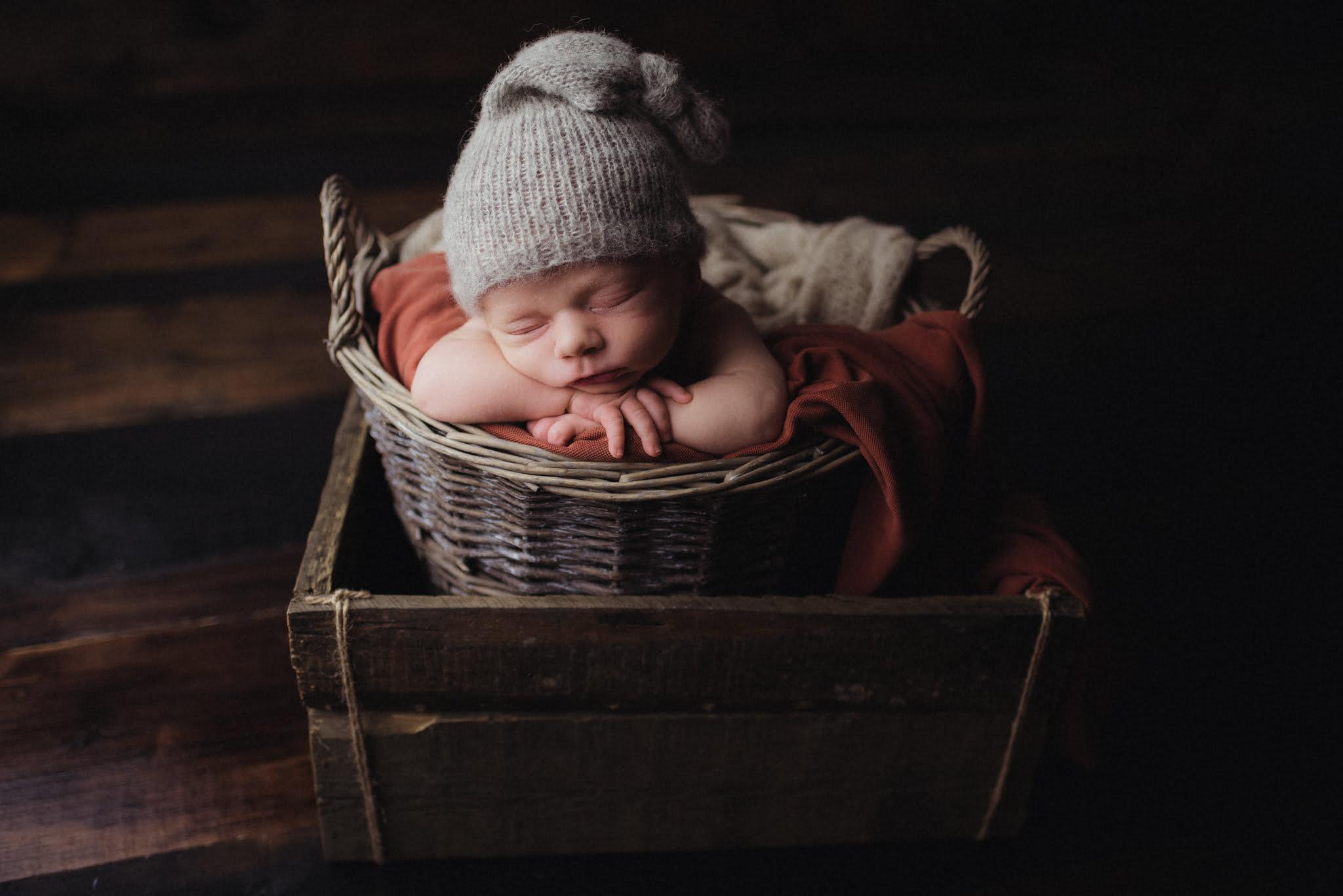 Nyföddfotografering Stockholm - Rill 6