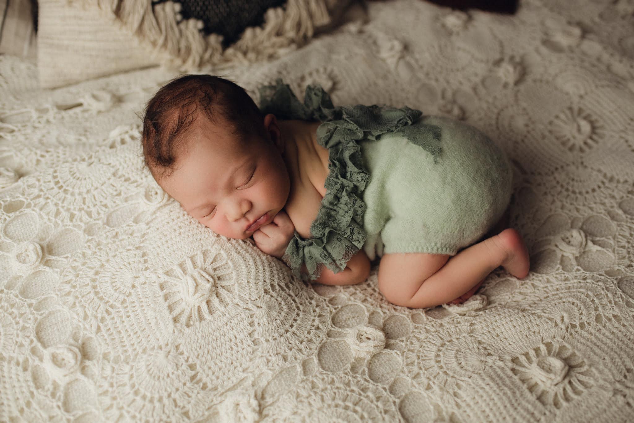 Nyföddfotografering Stockholm - Celine 4