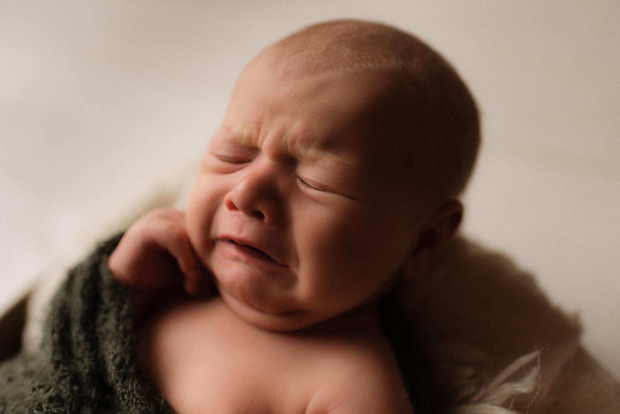 Nyföddfotografering - Louie 8