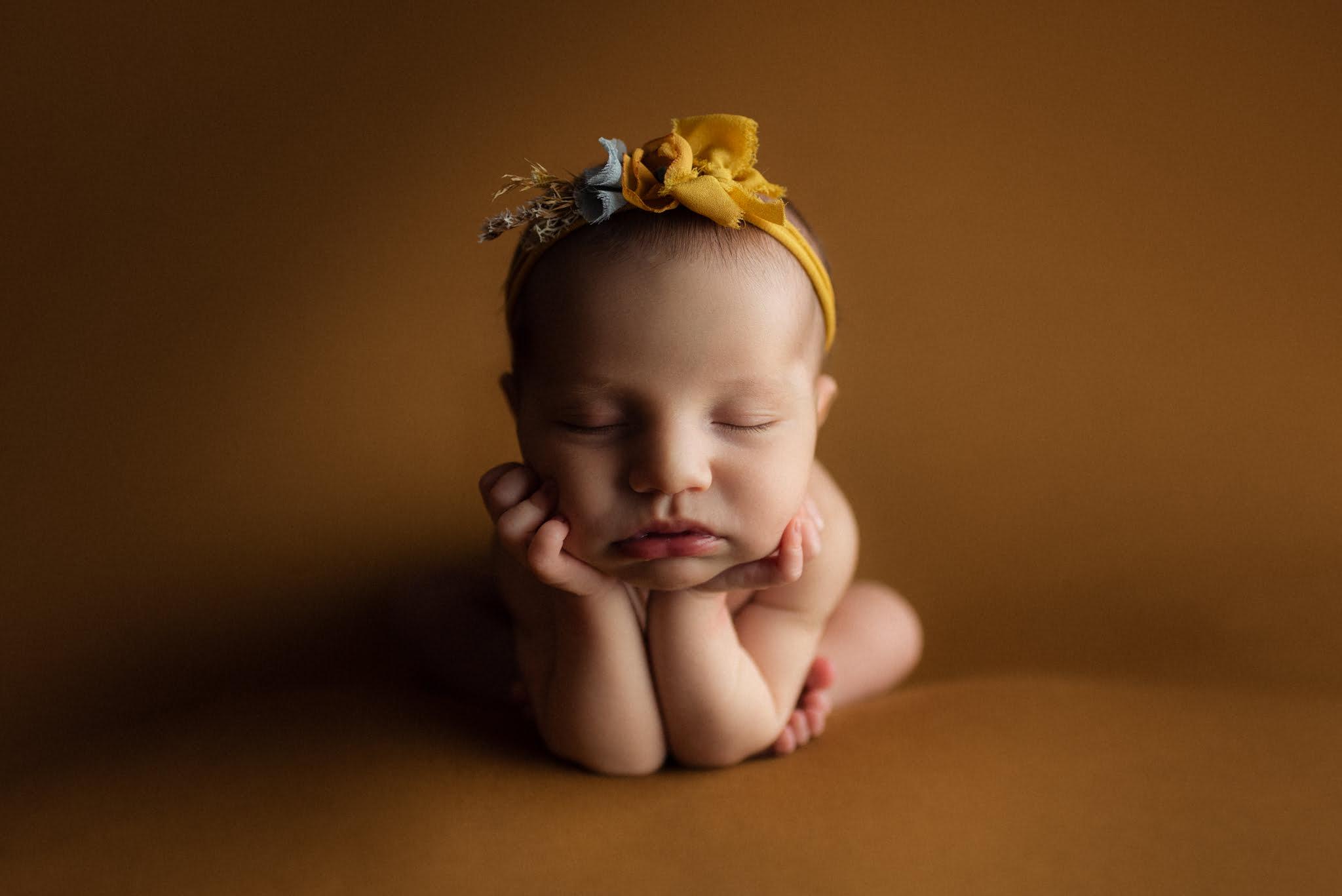 En mysig nyföddfotografering med Neia 8